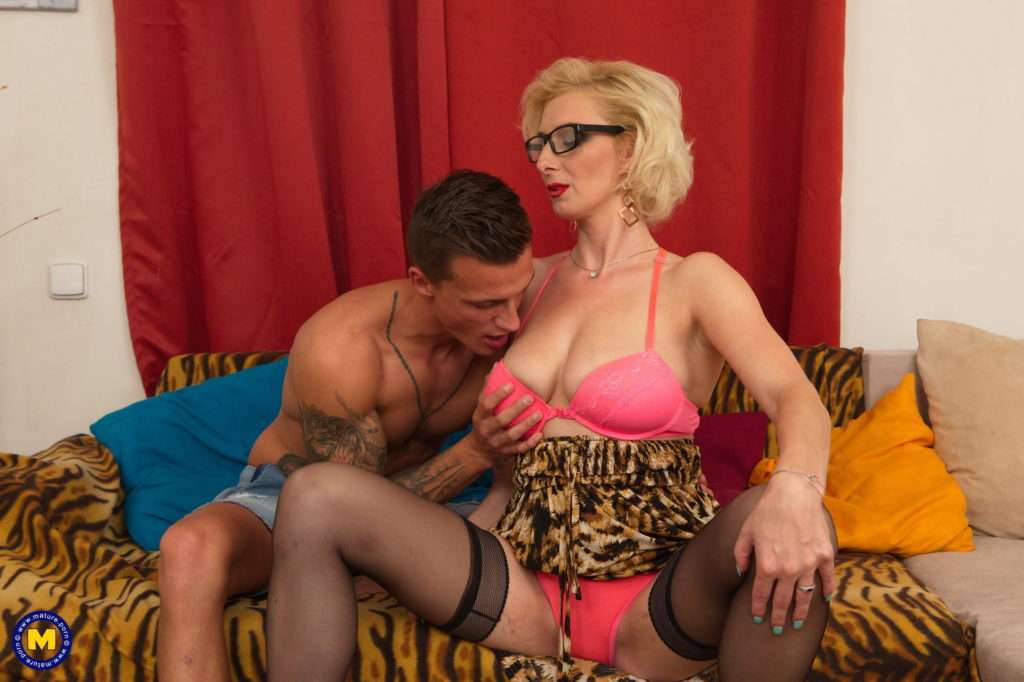 Naughty Mature Temptress Having Fun With Her Toy Boy From Mature.nl