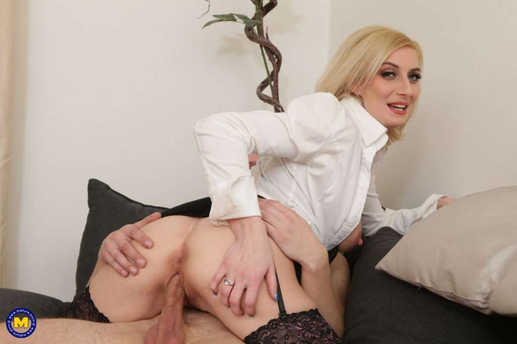 Hot Blonde Milf Having Fun With A Guy Way Younger Than Her From Mature.nl