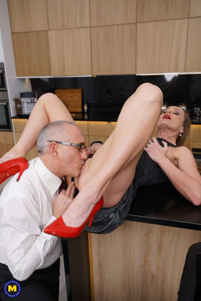 Naughty Housewife Nika Getting Busy In Her Kitchen At Mature.nl