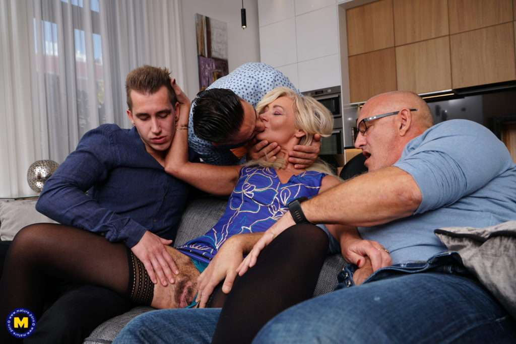 Sexy Hairy Housewife Gets Fucked In Both Holes By Three Guys And All Her Boyfriend Can Do Is Watch At Mature.nl