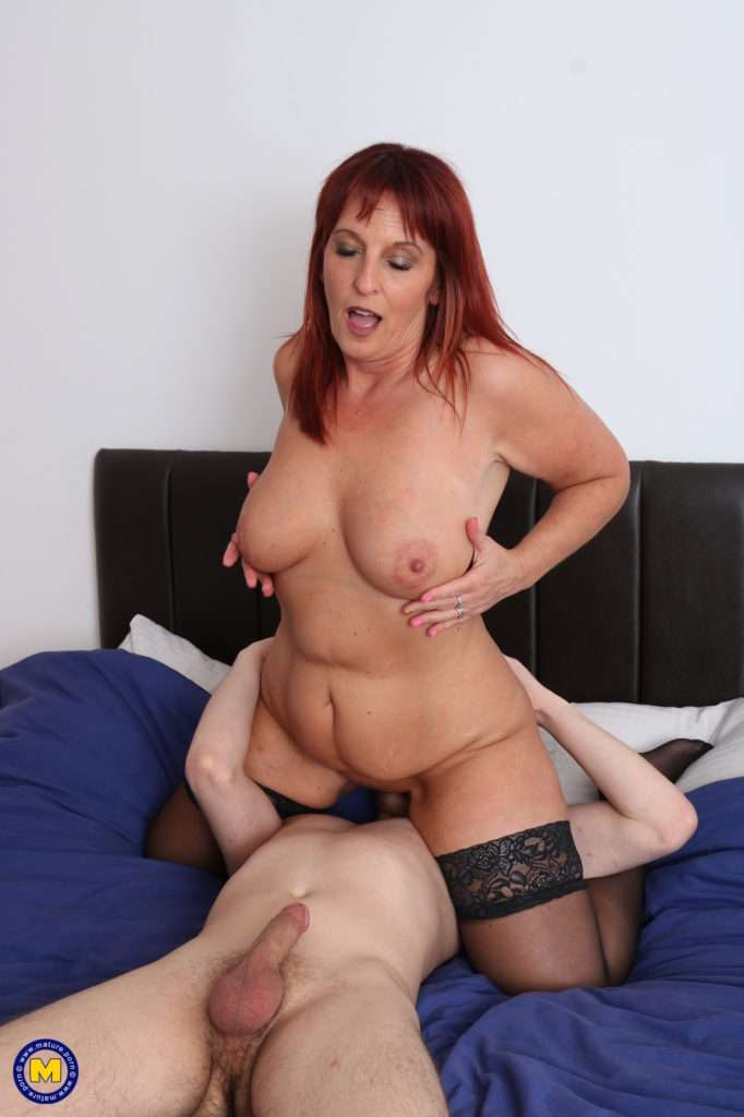 Naughty British Mature Lady Doing Her Toy Boy In Bed At Mature.nl