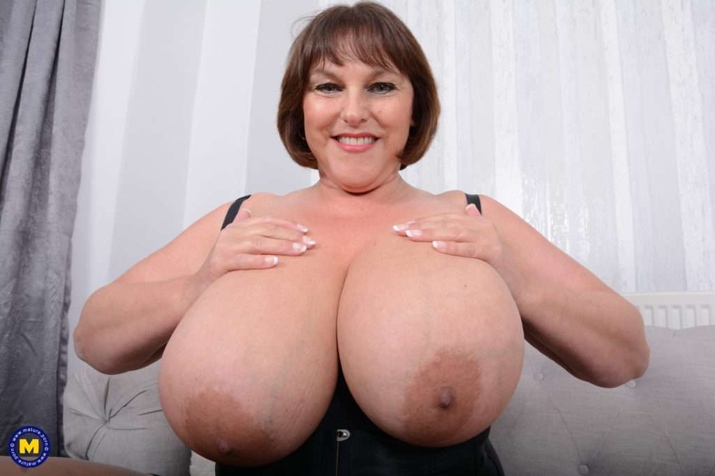 Huge Breasted Carol Brown Loves To Show Off Her Naughty Side At Mature.nl