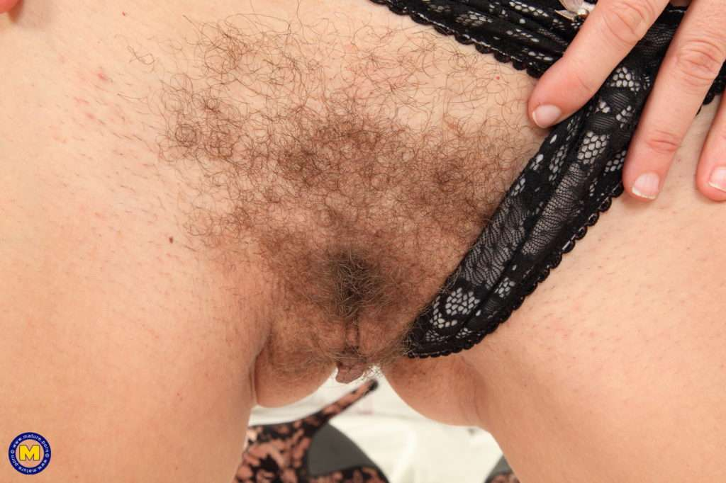 Hot French Mom Chloe Is Playing With Her Hairy Pussy At Mature.nl