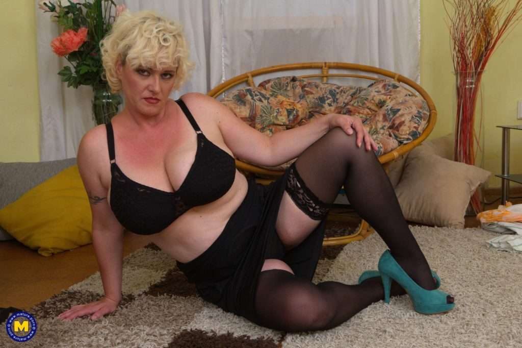 Horny Agness Loves Playing With Her Big Natural Boobs At Mature.nl