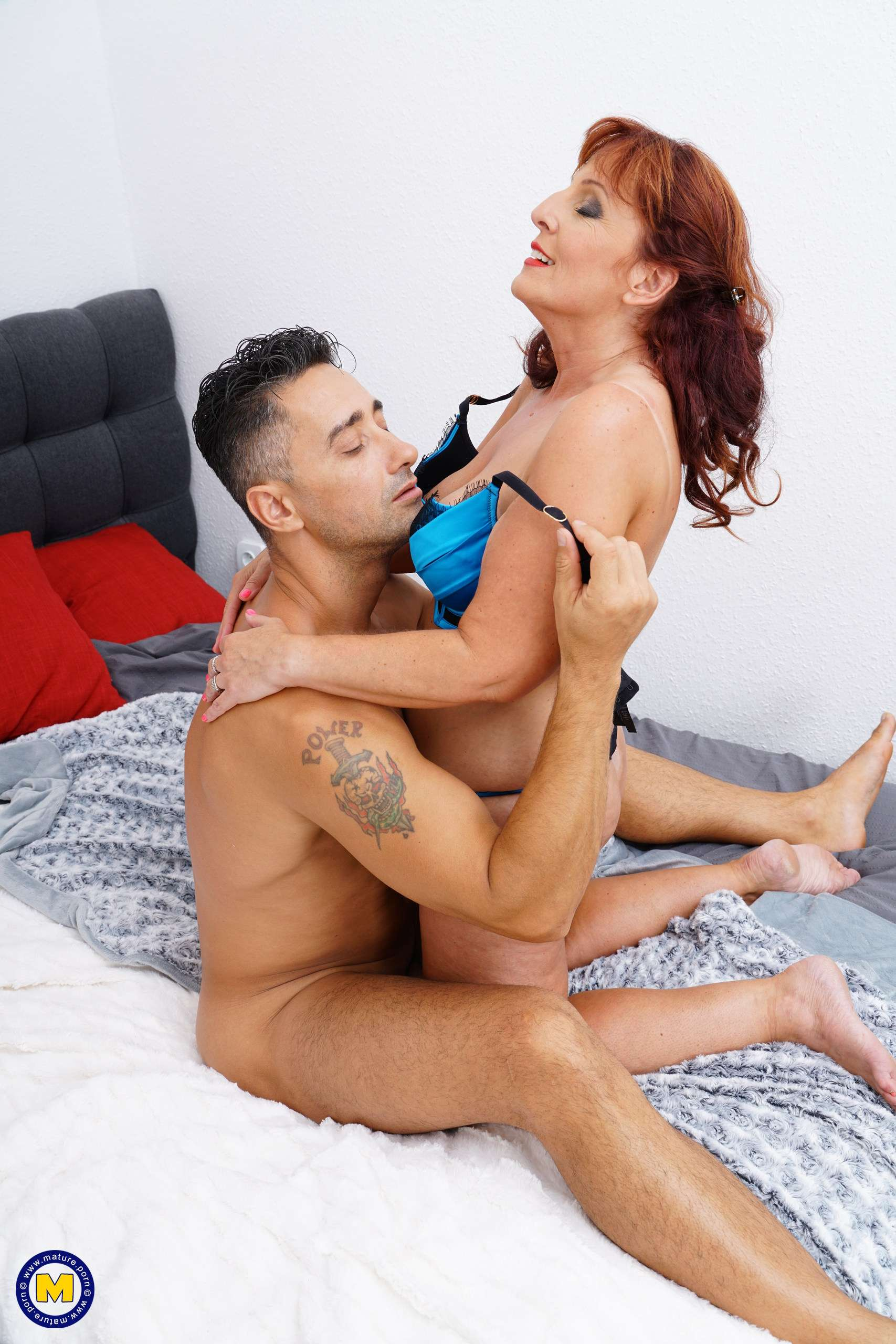 Naughty Beau Diamonds fucking and sucking