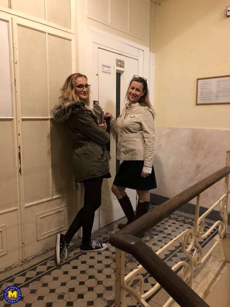 Naughty Cougar Seducing A Kinky Lesbian Teen At Mature.nl