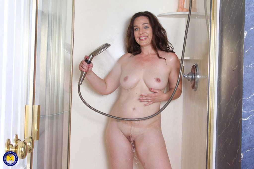 Naughty American Milf Playing In The Shower At Mature.nl