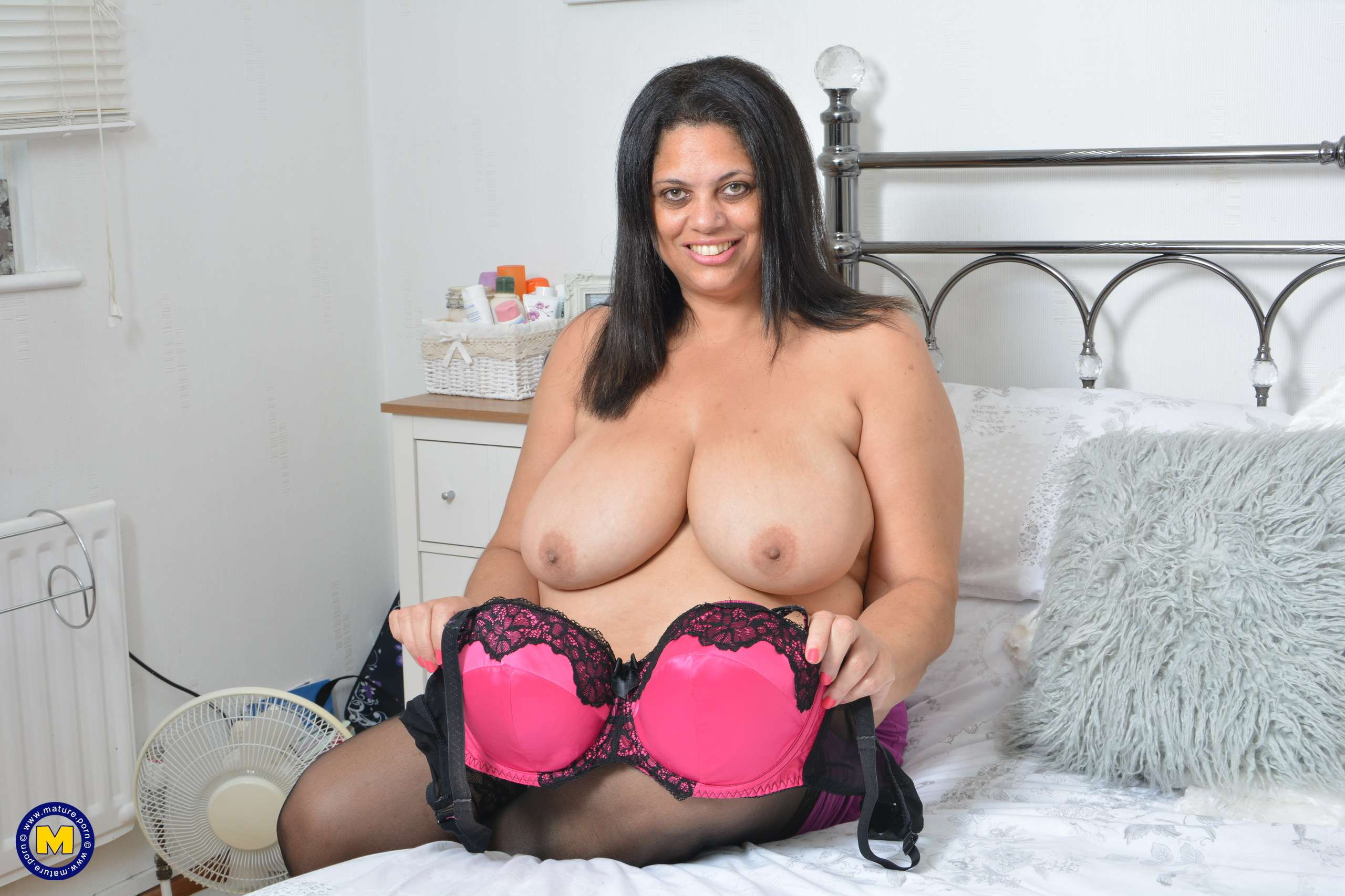 Naughty British BBW having fun with her toy
