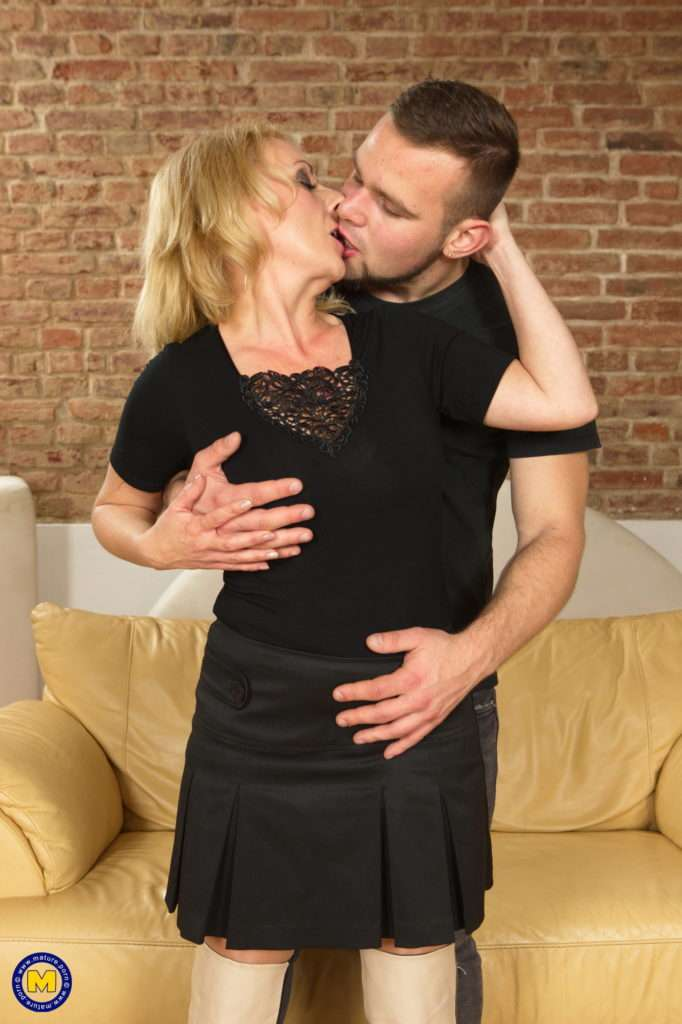 Naughty Housewife Brings In A Toy Boy For Hot Fun On The Couch At Mature.nl