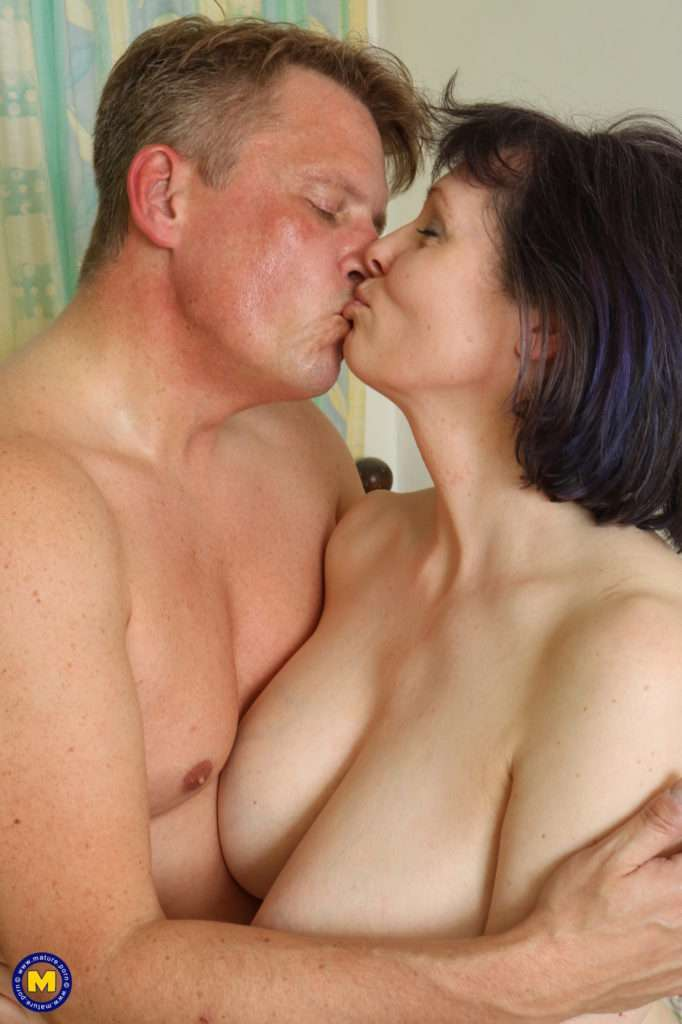 Big Breasted Mature Tigger Loves To Fool Around With Her Man At Mature.nl