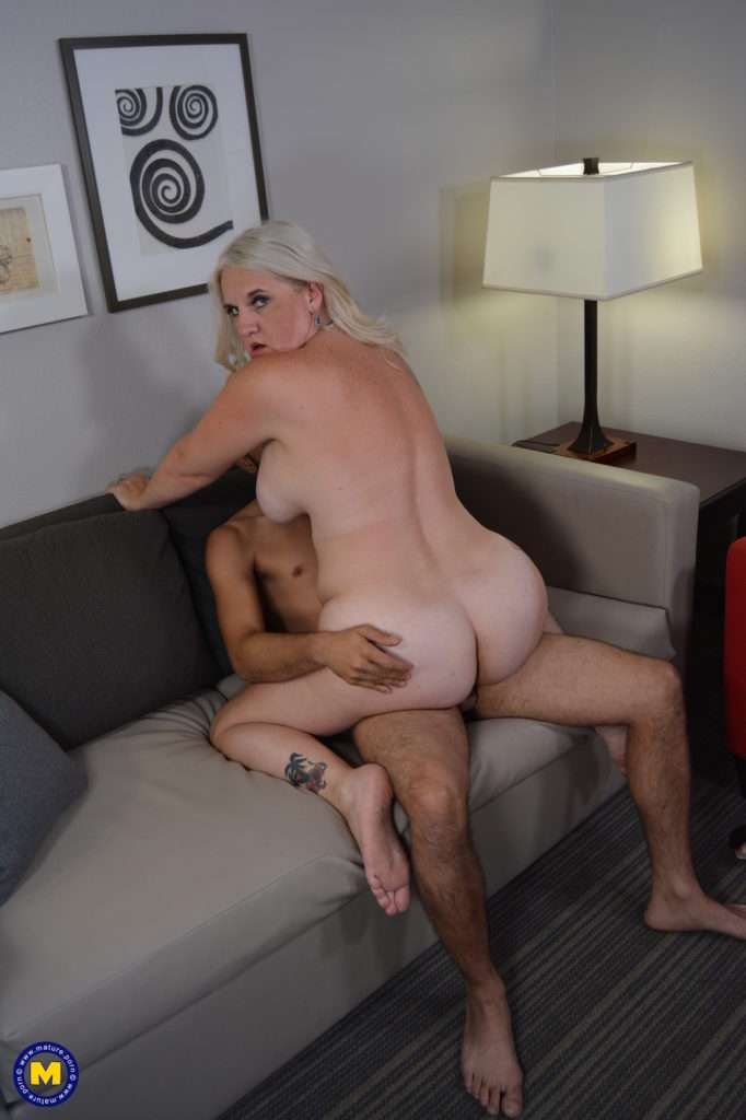 Naughty Cougar Anna Moore Fooling Around With Her Toy Boy At Mature.nl