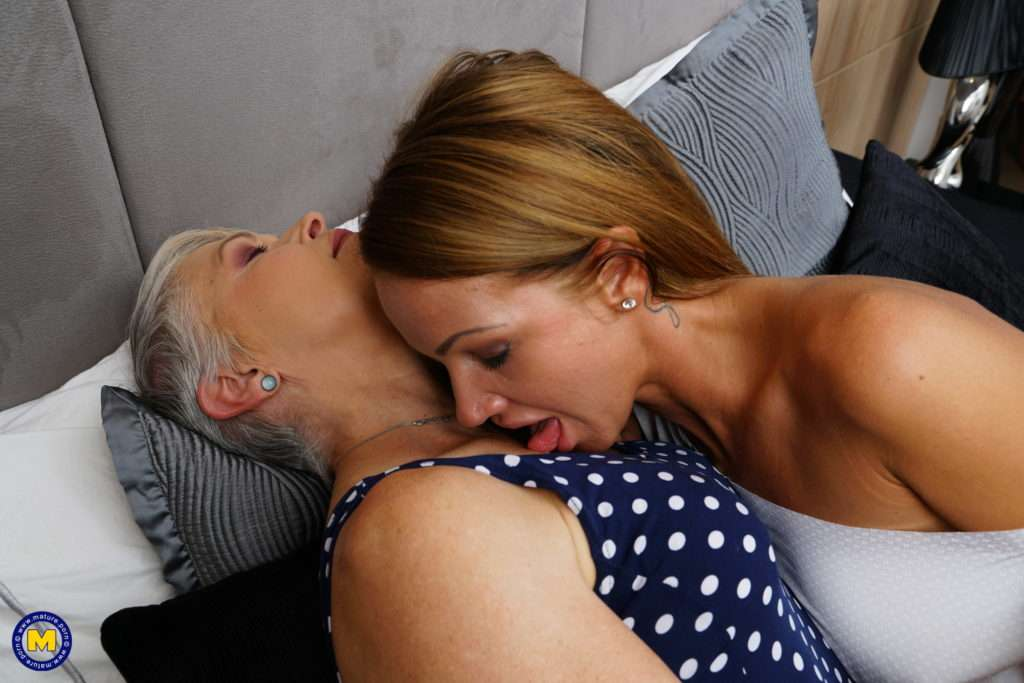 Two Naughty Housewives Play With Eachother At Mature.nl