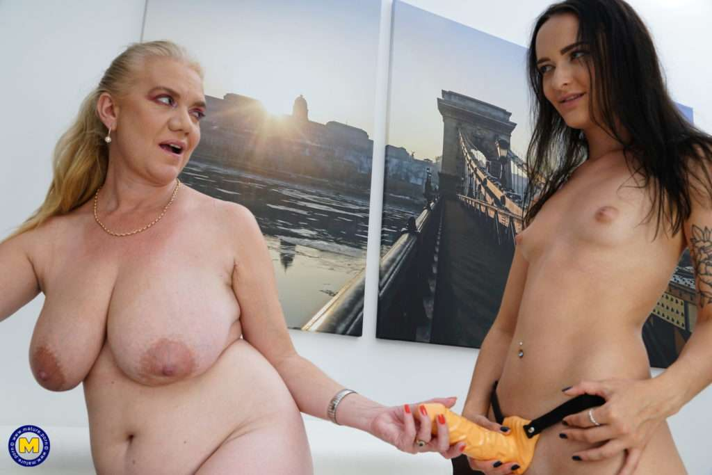 These Old And Young Lesbians Sure Have A Great Day At Mature.nl