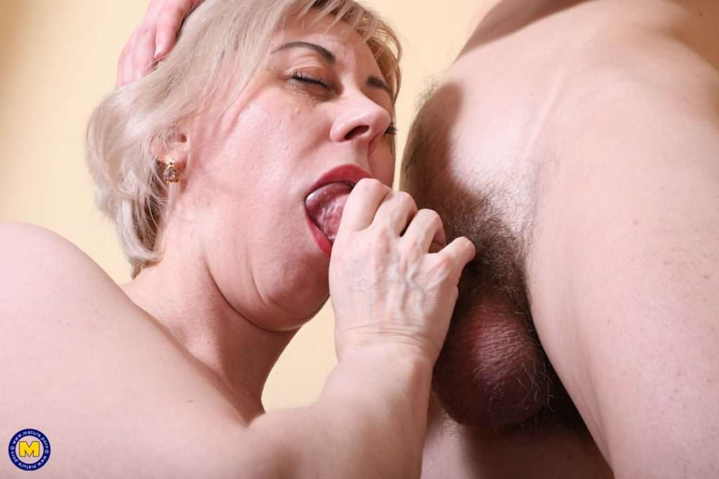 Mature Lady Having Fun With Her Toy Boy At Mature.nl