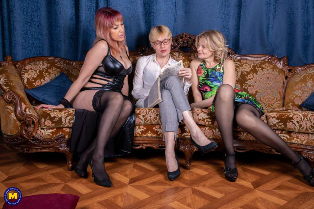 Three Lesbian Housewives Go All The Way On The Couch At Mature.nl