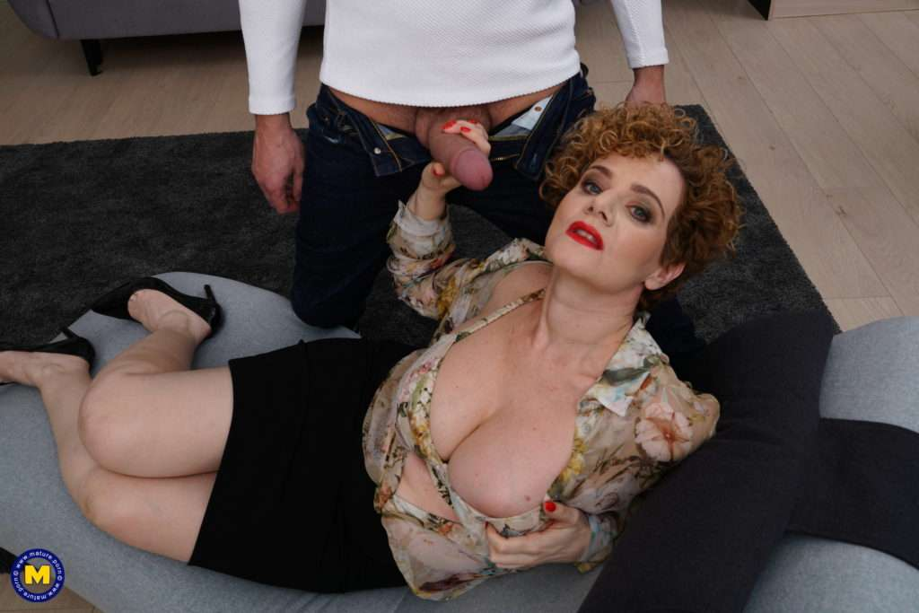 Hot Milf Fucking A Younger Guy With A Hard Cock At Mature.nl