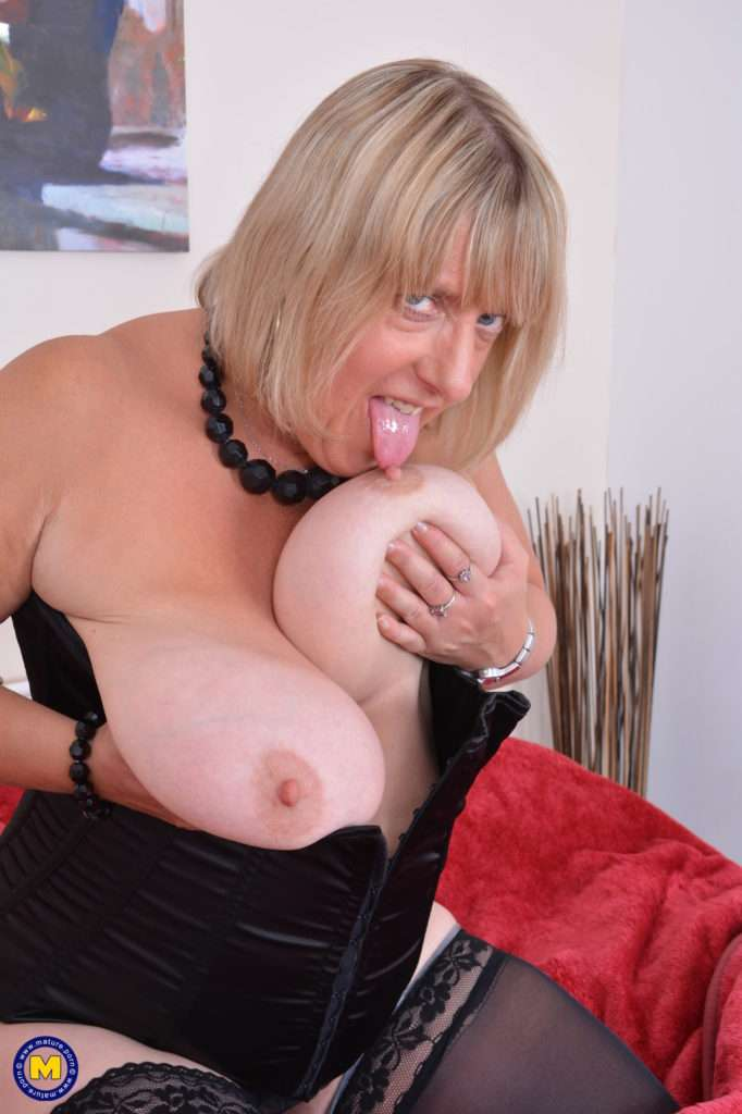 Big Breasted British Mature Lady Getting Wet And Wild At Mature.nl