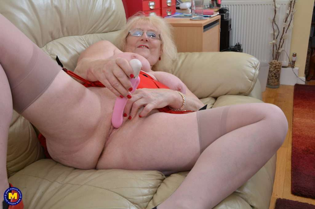 Naughty British Mature Lady Getting Wet On Her Couch