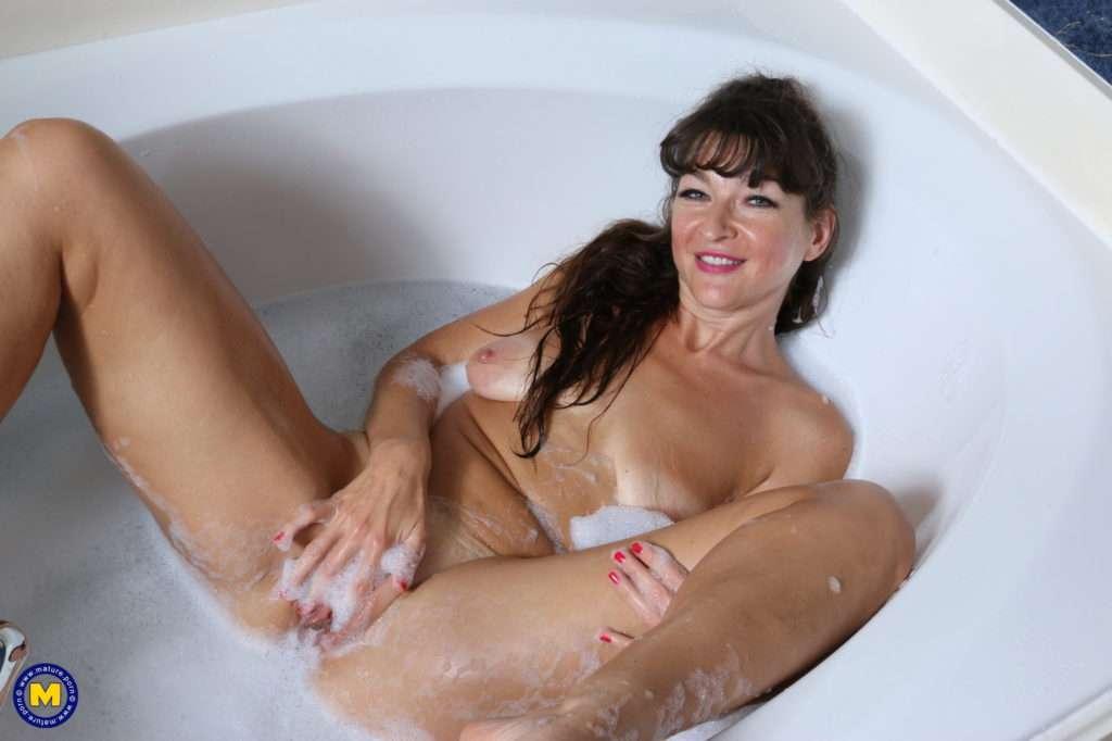 Naughty American Mom Taking A Hot Bath