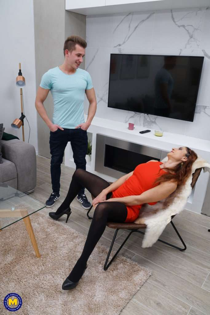 Naughty Housewife Anetta Playing With Her Toy Boy At Mature.nl