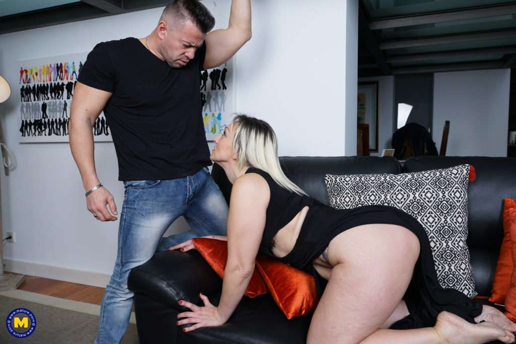 Naughty Housewife Fooling Around With Her Lover