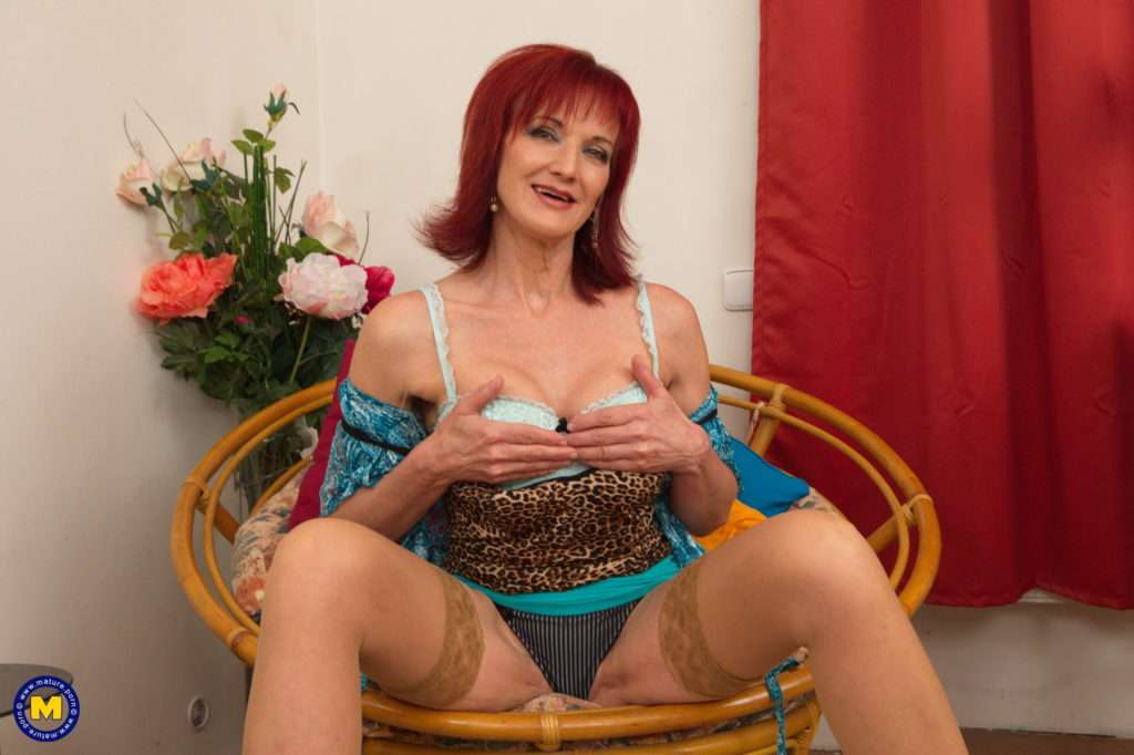 Naughty Hot Housewife Irena Loves To Play Alone