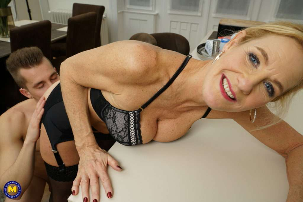 Naughty Housewife Molly Maracas Gets Wild With Her Toy Boy