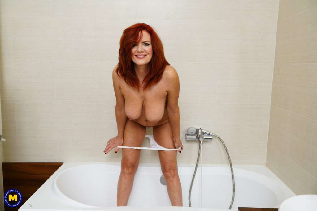 Sexy Hot Milf Andi James Playing With Her Wet Pussy In The Shower And In Bed