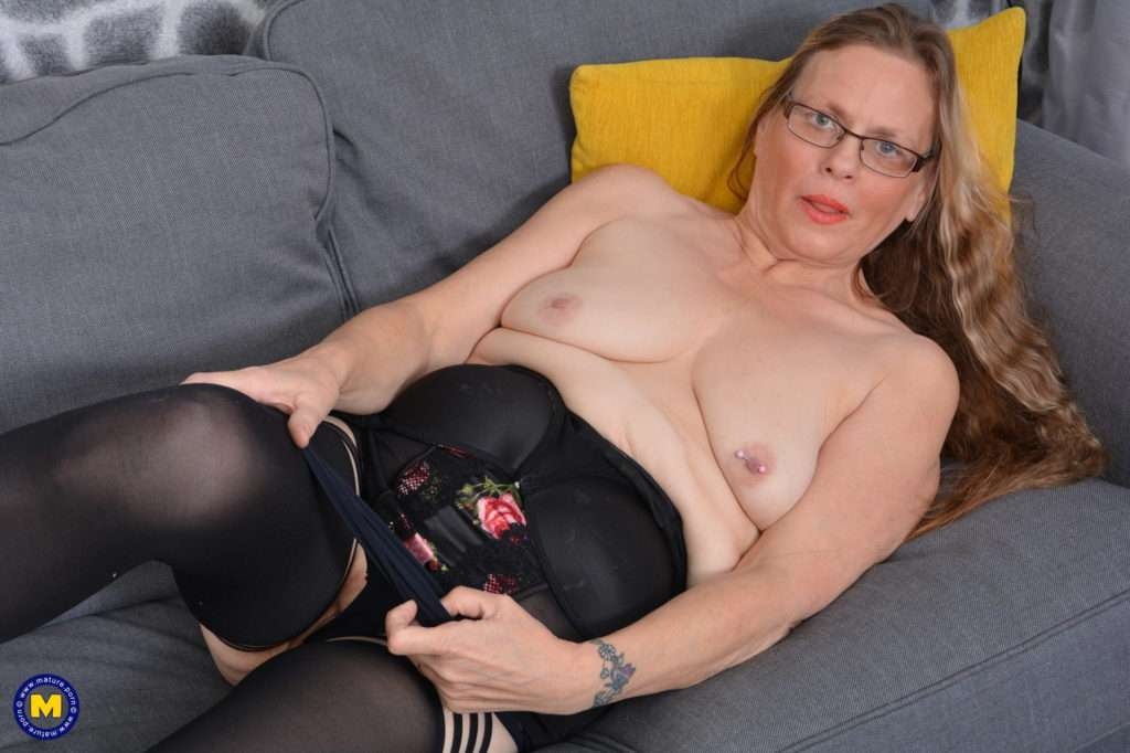 Naughty British Housewife Playing With Herself