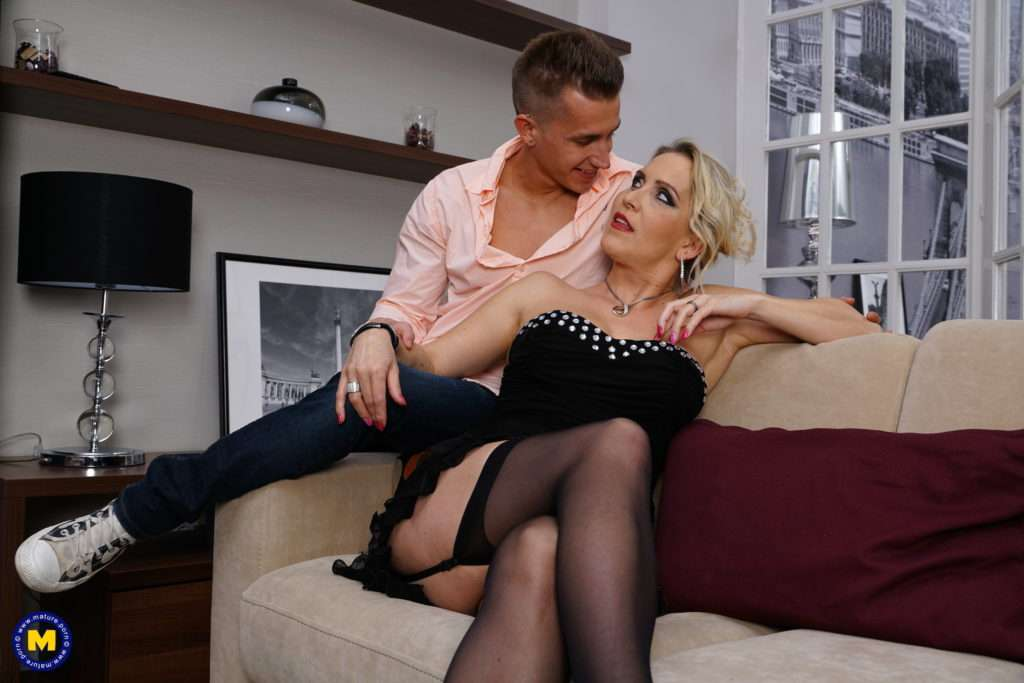 Naughty Milf Julia Pink Loves Eating The Ass From Her Toy Boy
