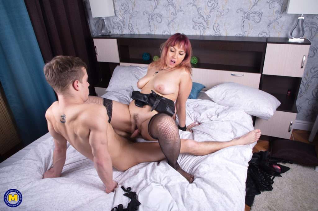 This Naughty Mature Slut Loves To Have Sex With Her Toyboy