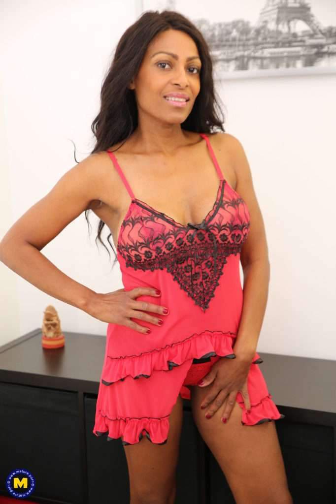 Are You Ready For A Steamy Hot Black Milf Playing With Her Pussy