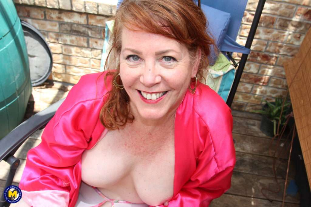 Brie Bently Is A Very Naughty Mature Nympho That Loves To Play Alone